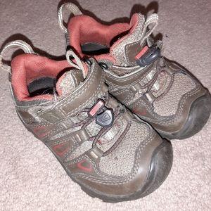 Keen Oakridge Waterproof Hiking Shoes